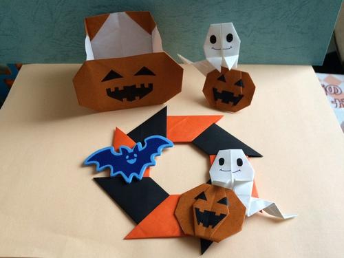 簡単 折り紙:折り紙 ハロウィン リース-origami.i-ra.jp